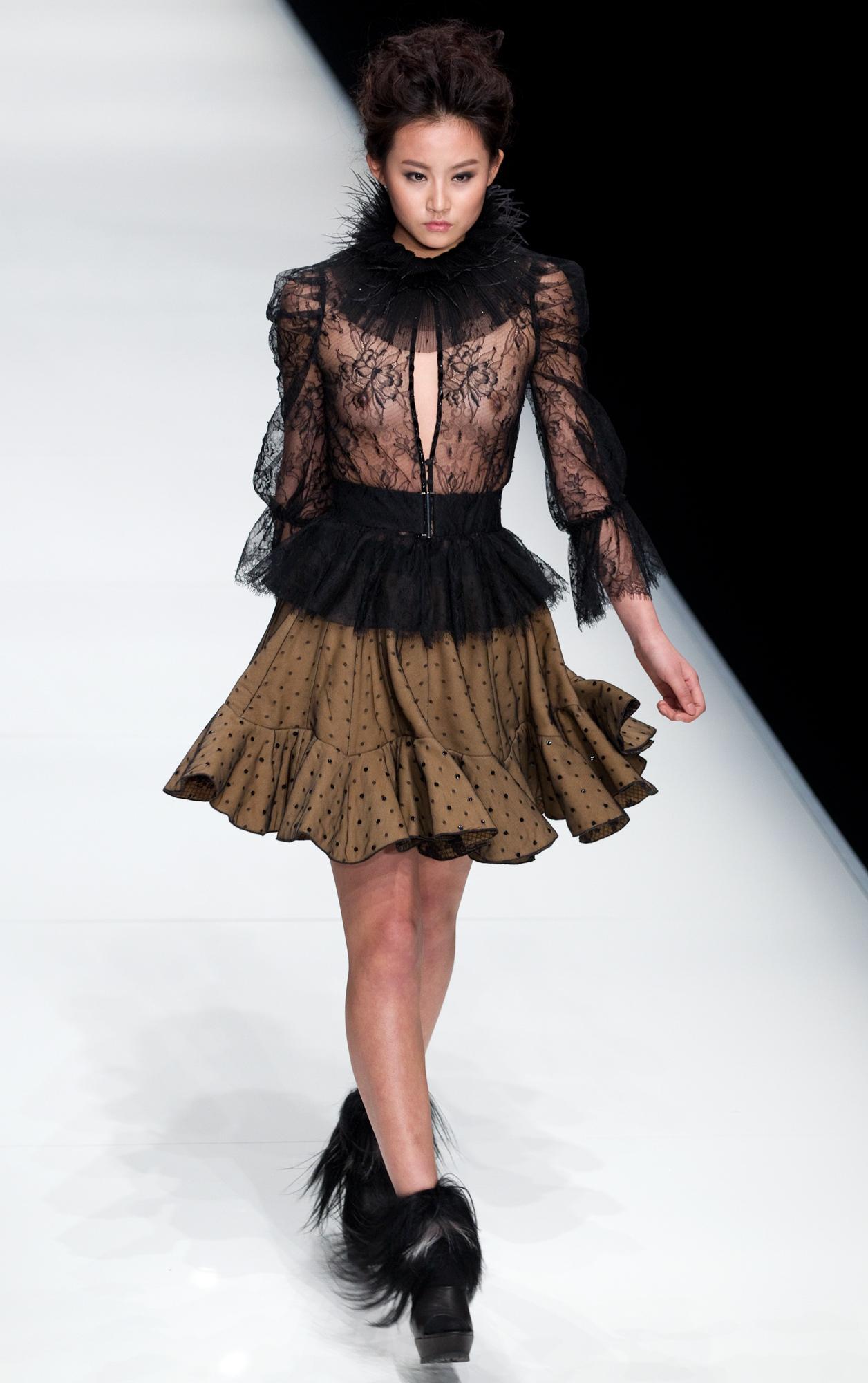 2009-2014 China Fashion Week – Yuan Images